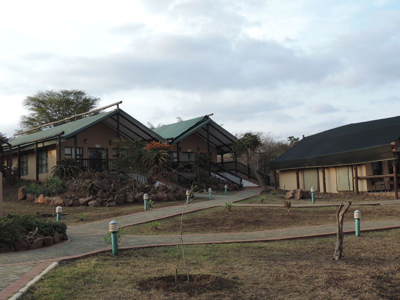 Hluhluwe-lodge-14.jpg