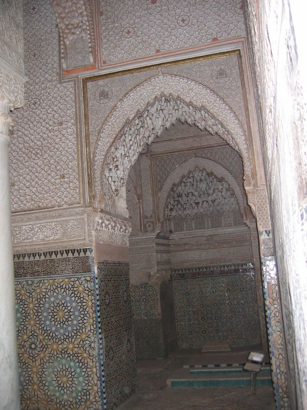 Marrakech-tombeaux-Saadiens2.JPG